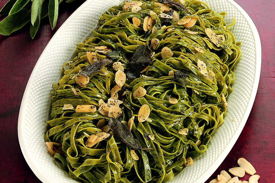Green Tagliatelle With Poppy Seeds and Almonds