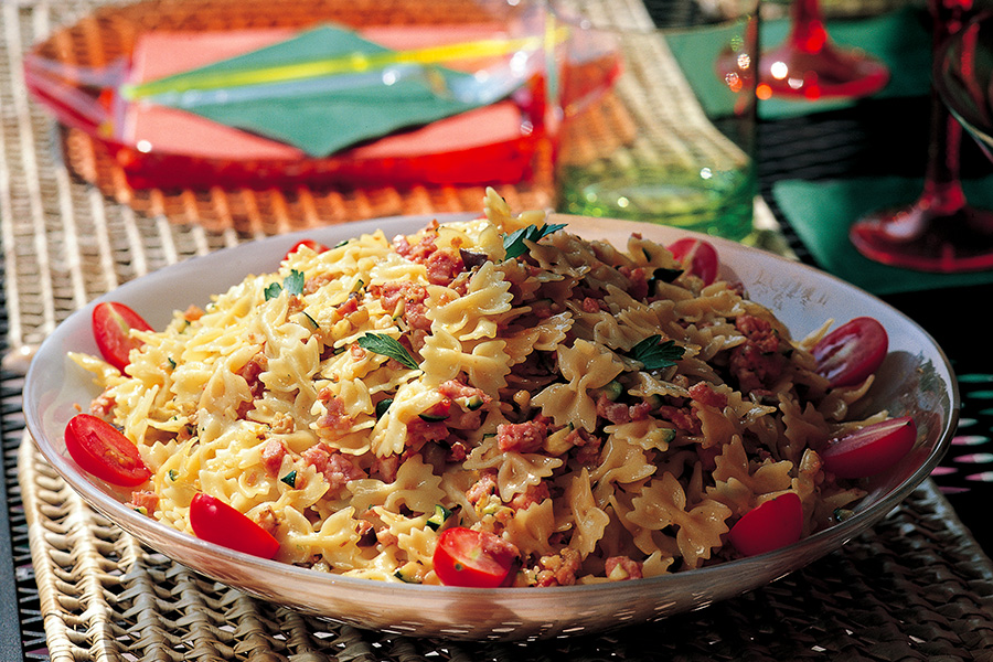 Pasta Salad With Vegetables and Sausage