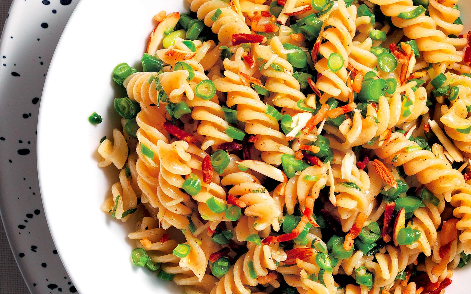 Fusilli salad