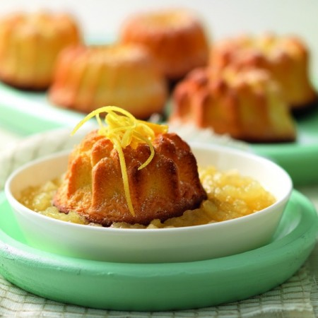 Mini Cakes and Ginger Apples