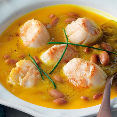 Scallops in Pumpkin and Bean Soup