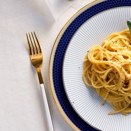 Cacio e Pepe Spaghetti with Artichokes