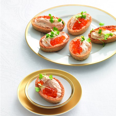 Wholegrain Tartlets with Salmon Mousse
